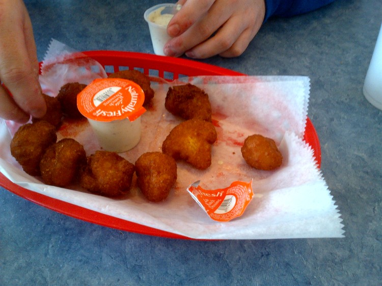 Milton's Burger Hut, Whitley City, Kentucky